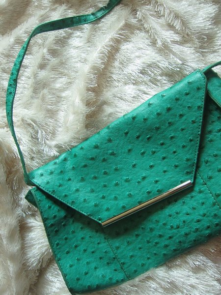 Used Cute green  purse in Dubai, UAE