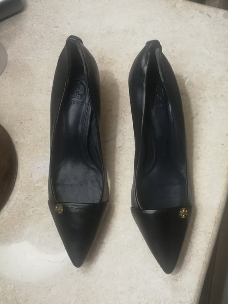 Used BRANDNEW TORY BURCH REAL LEATHER SHOES,. in Dubai, UAE
