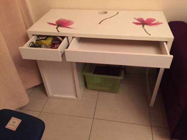 Used Desk,table in Dubai, UAE