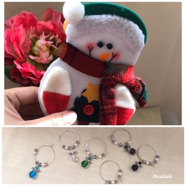 Used NEW 6pcs. Holiday Decors + Glass Charms in Dubai, UAE