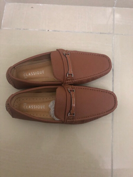 Used Brown leather shoes in Dubai, UAE