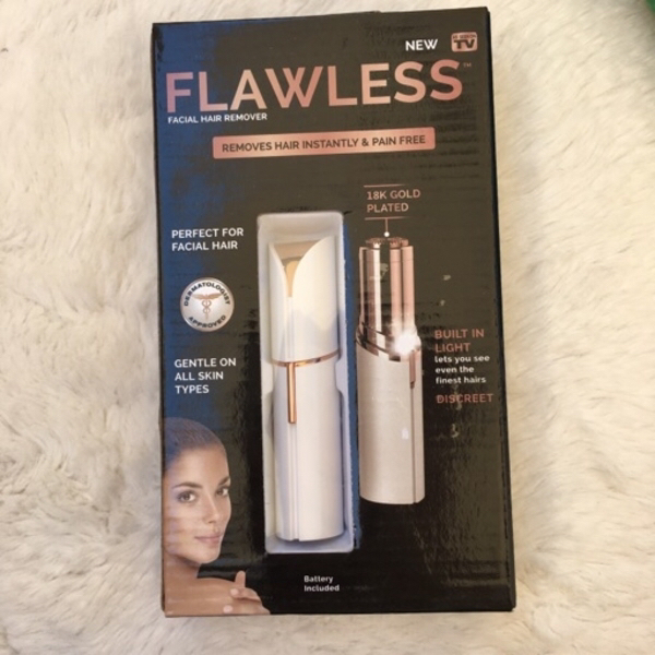 Used 🌺Flawless facial hair remover+ scarf🧣 in Dubai, UAE