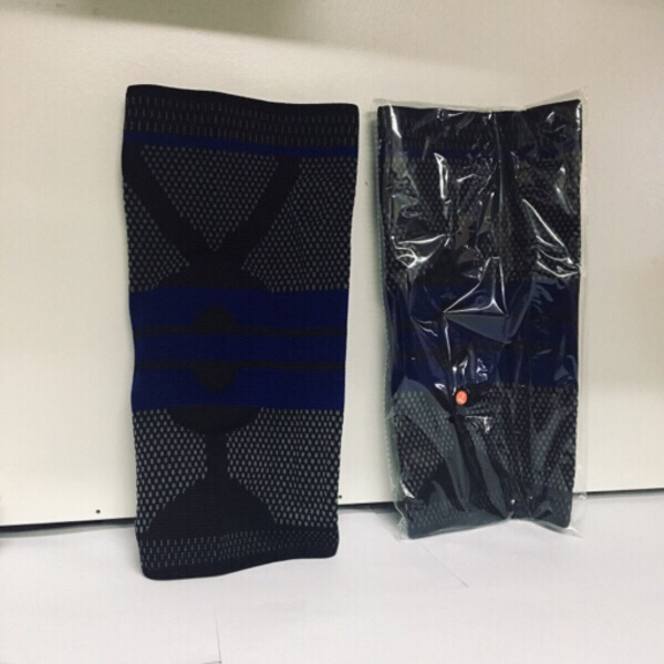 Used Unisex Fitness Knee supports *New S~M in Dubai, UAE