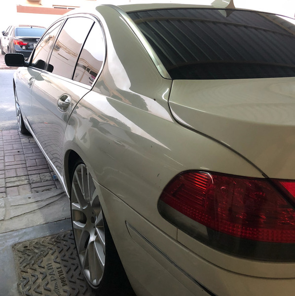 Used BMW 730 li 2008 model 6 Cylinder white color from inside 130000 Km Price 17000 AED and a possibility of a shot in Dubai, UAE