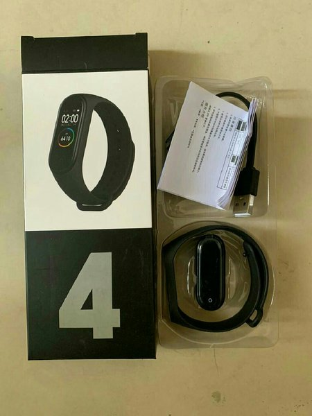 Used M4 smart watch with heart rate sensor in Dubai, UAE
