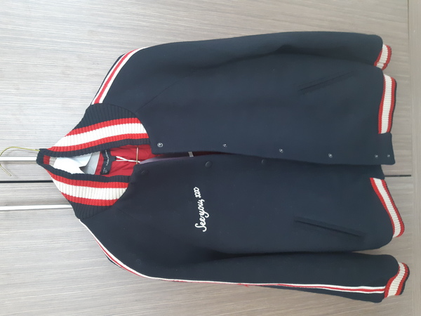 Used Unisex ZARA jacket in Dubai, UAE