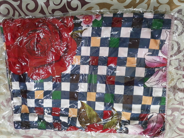 Used Double bedsheets with two pillow cover in Dubai, UAE