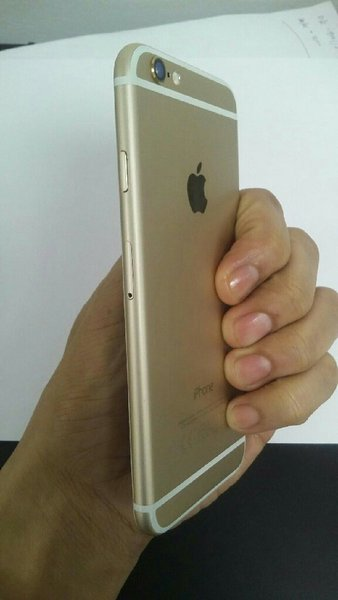 Used Iphone 6 32gig gold for spare parts.only in Dubai, UAE