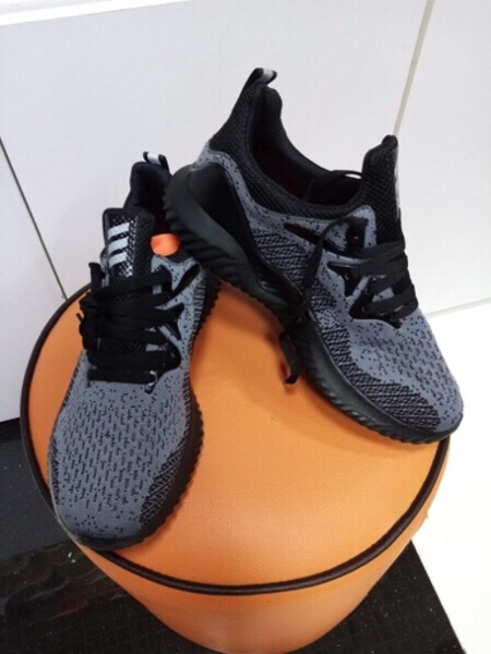 Used Adidas sneakers grey in Dubai, UAE