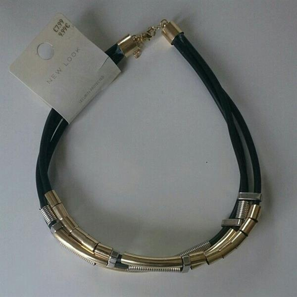 Used Branded New Choker Necklace At Half The Actual Price.  New Look. in Dubai, UAE