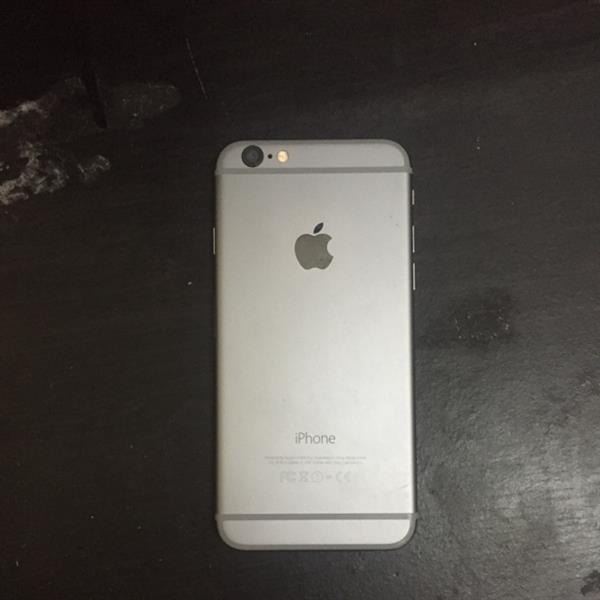 Used iPhone 6 64gb Look Iike New With FaceTime Good Condition  in Dubai, UAE