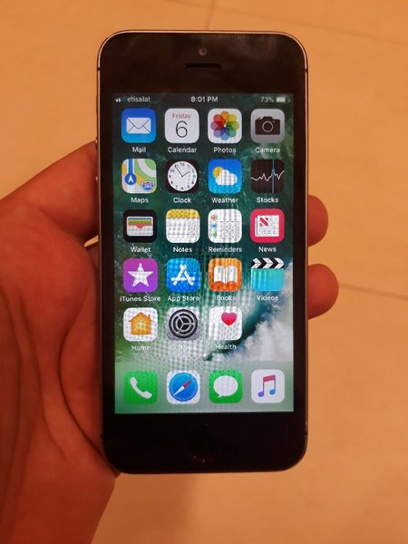 Used Iphone 5s 16gb original used in Dubai, UAE
