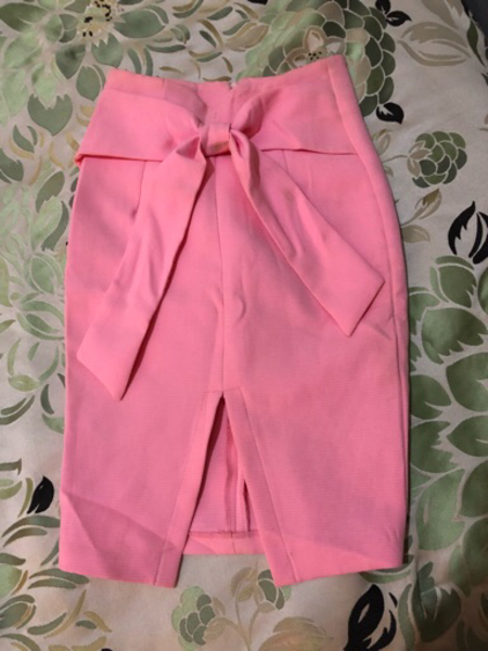 Used Skirt same as new  in Dubai, UAE