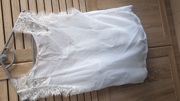 Used Tops women white in Dubai, UAE