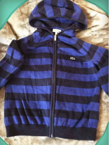 Used Original Lacoste Hoodie Kids-Size: 8yrs in Dubai, UAE