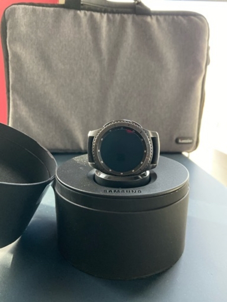 Used Samsung gear s3 frontier smart watch in Dubai, UAE