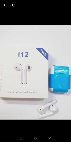Used BRAND NEW:. i12 Airpods in Dubai, UAE