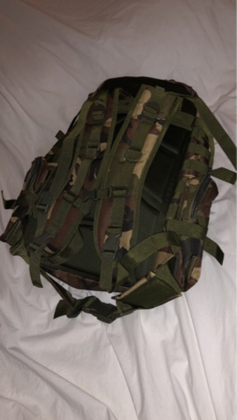 Used Heavy duty ARMY bag, brand new in Dubai, UAE