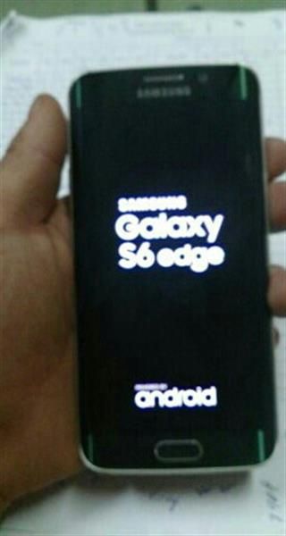 Used samsung galaxy s6edge perfect conditions comes with charger and phone marshamalow android 6   in Dubai, UAE