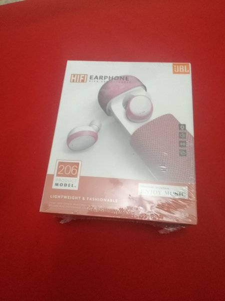 Used Jbl hifi pink in Dubai, UAE