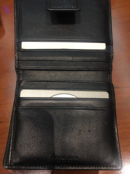 Used Micheal kors wallet in Dubai, UAE