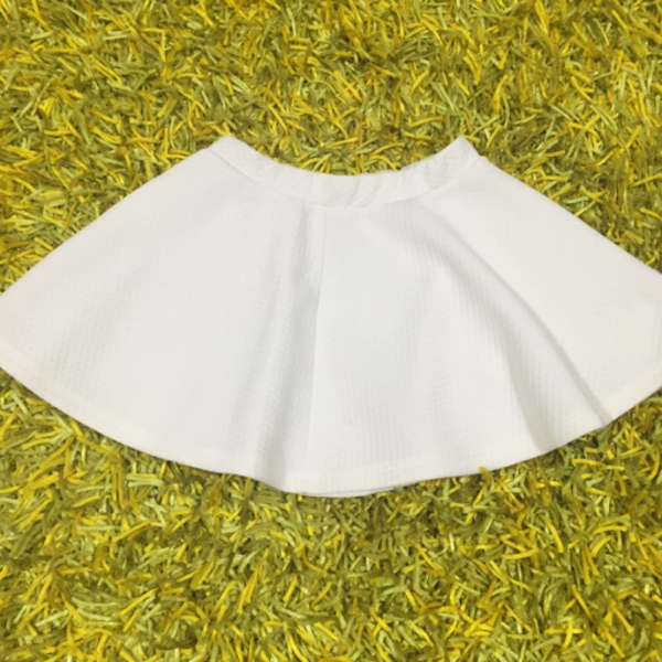 Used Kids skirt (4-6yo) in Dubai, UAE