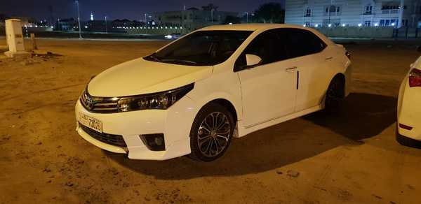 Used toyota corolla 2015 LE in Dubai, UAE