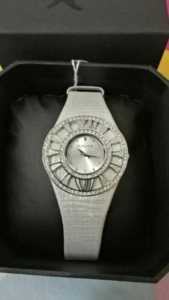 Used Police watch..orignal .with silver strap in Dubai, UAE