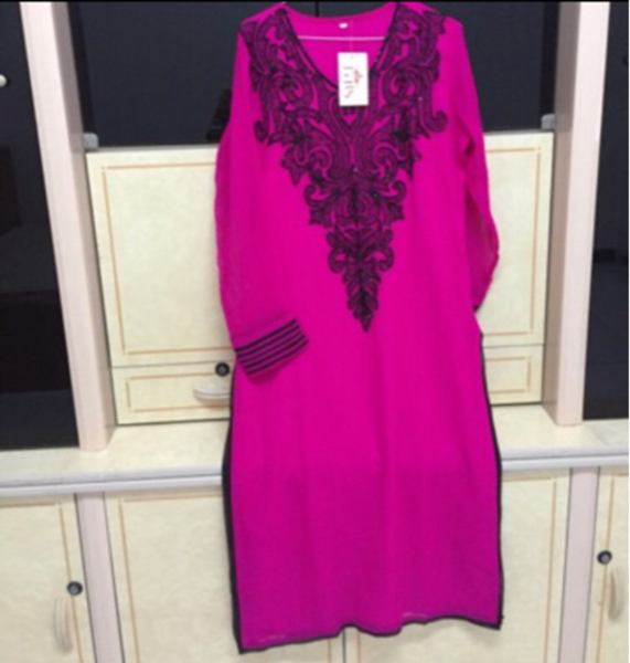Used Once used partywear Kurti with bead work in Dubai, UAE