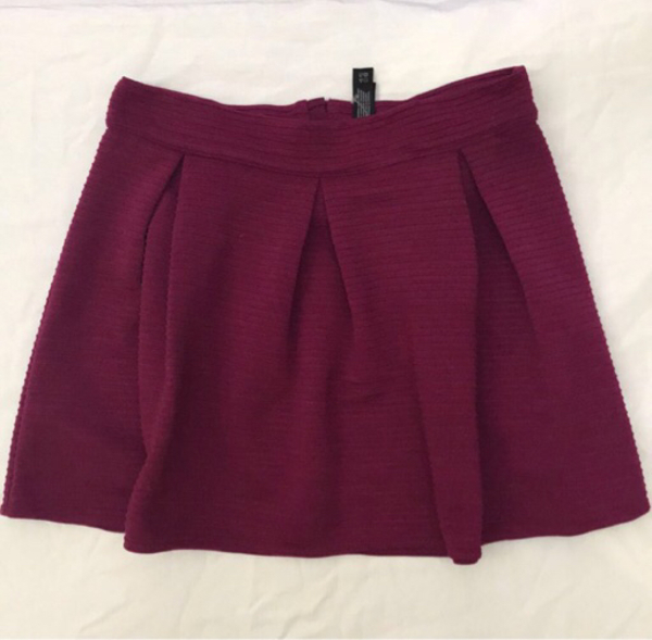 Used Item No. 18 Preloved Skirt in Dubai, UAE