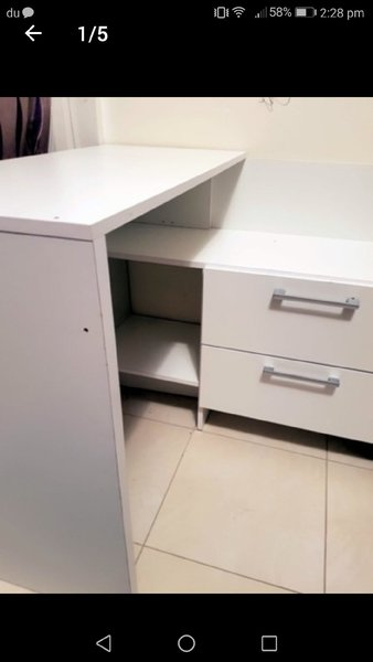 Used Kids  study table in brand new condition in Dubai, UAE