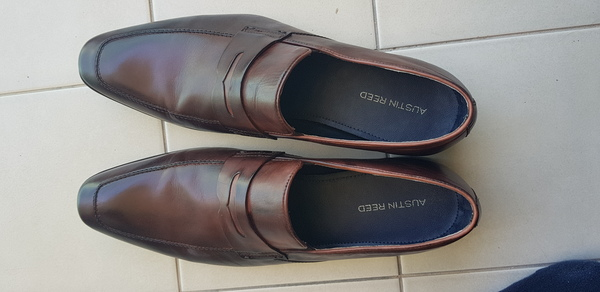 Used Austin reed shoe size 45 but can fit 46 in Dubai, UAE