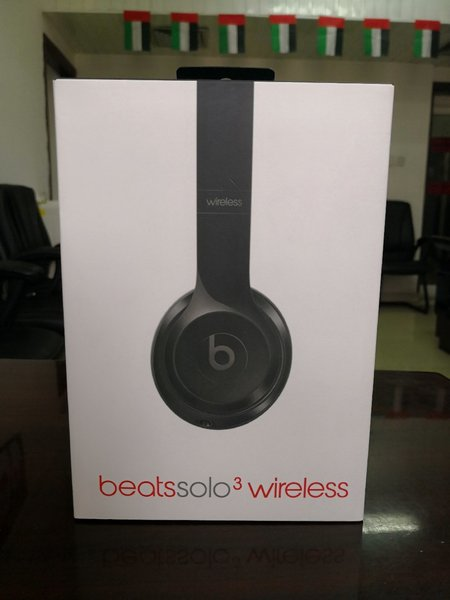 Used Beats Solo3 Wireless MASTER COPY in Dubai, UAE