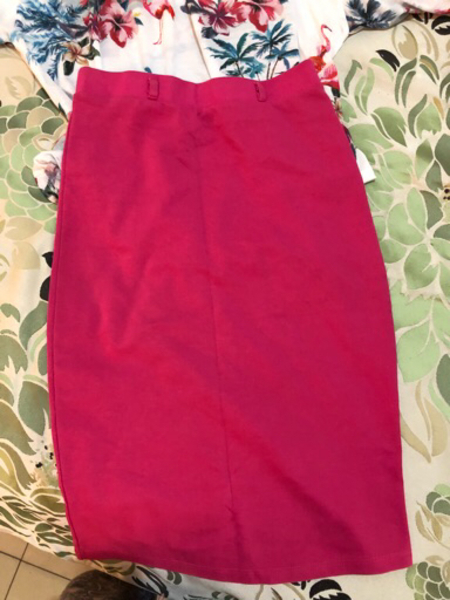 Used Set used once top and skirt in Dubai, UAE