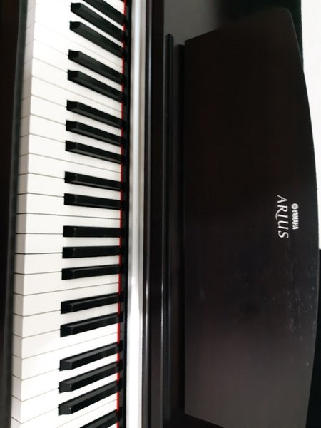 Used Yamaha Arius YD-141 Electric Piano in Dubai, UAE