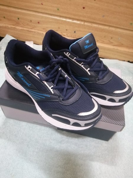 Used Sport shoes sneaker brand new size 43 in Dubai, UAE