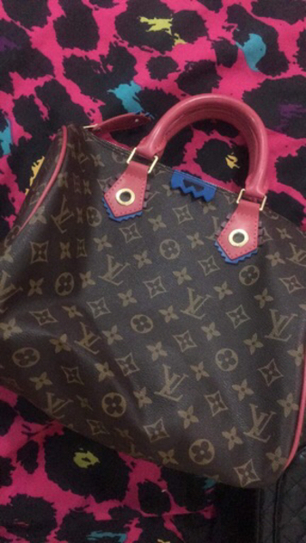 Used High quality LV bag in Dubai, UAE