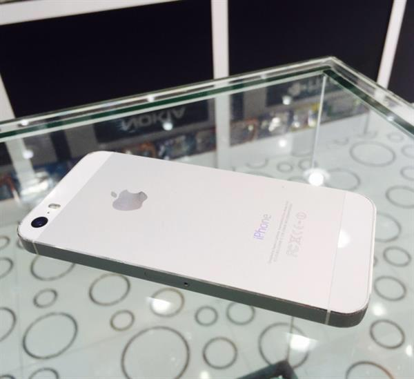 Used Iphone 5S 16GB Used with Good condition in Dubai, UAE