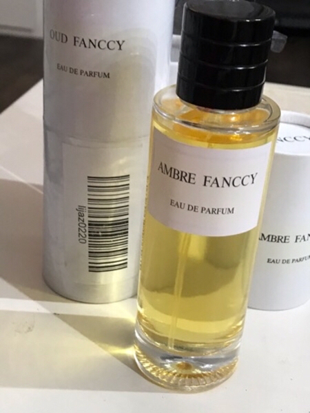 Used OUD FANCCY AND AMBRE FANCY ‏PARFUM in Dubai, UAE