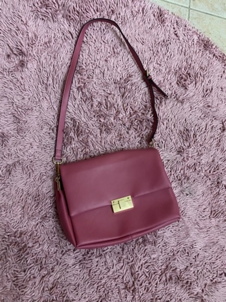Used Pink bag in Dubai, UAE