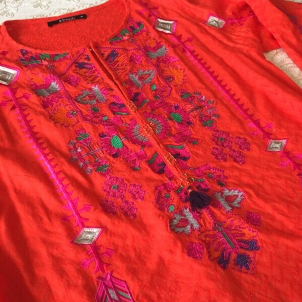 Used KHAADI embroidered kurti (size 12) in Dubai, UAE