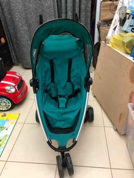 Used QUINNY ZAPP STROLLER GOOD CONDITION in Dubai, UAE