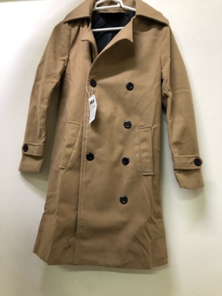 Used Men formal trench coat Size M in Dubai, UAE