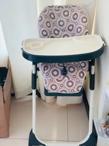 Used 1. Baby high chair, child outgrown in Dubai, UAE