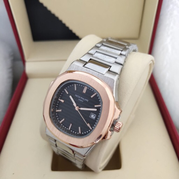 Used New patek watchs class A in Dubai, UAE