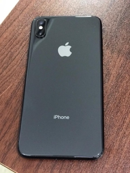 Used Iphone XS max 256gb in Dubai, UAE