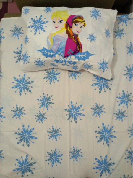 Used Brand New Frozen Kids Bedset 100% cotton in Dubai, UAE