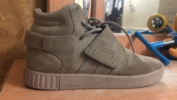 Used Adidas tubular invader original in Dubai, UAE