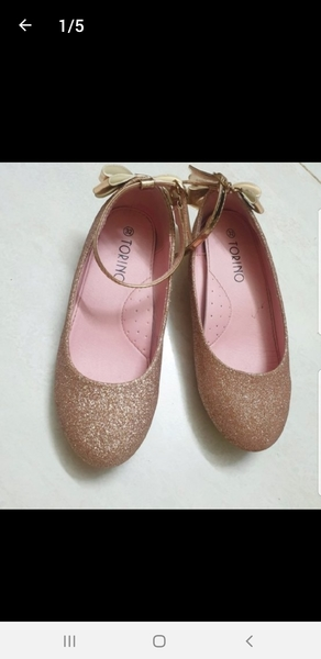 Used Branded shoes/size 33 in Dubai, UAE