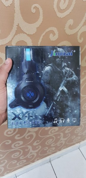 Used Gaming Headphones and Microphone Set in Dubai, UAE